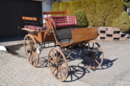 Kutsche mit Holzräder zu verkaufen